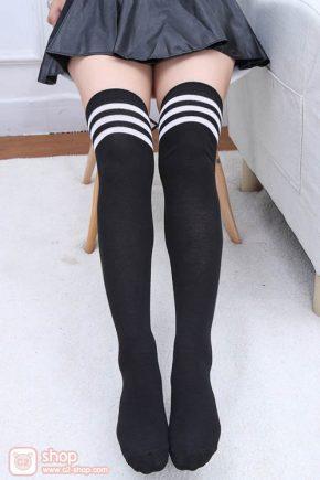 ถุงเท้ายาวนักเรียนญี่ปุ่นสีดำตัดขอบสีขาว